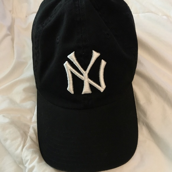 New York NY Yankees dad hat. M 5b414cf57386bc2976b61eef 7ceafb90337